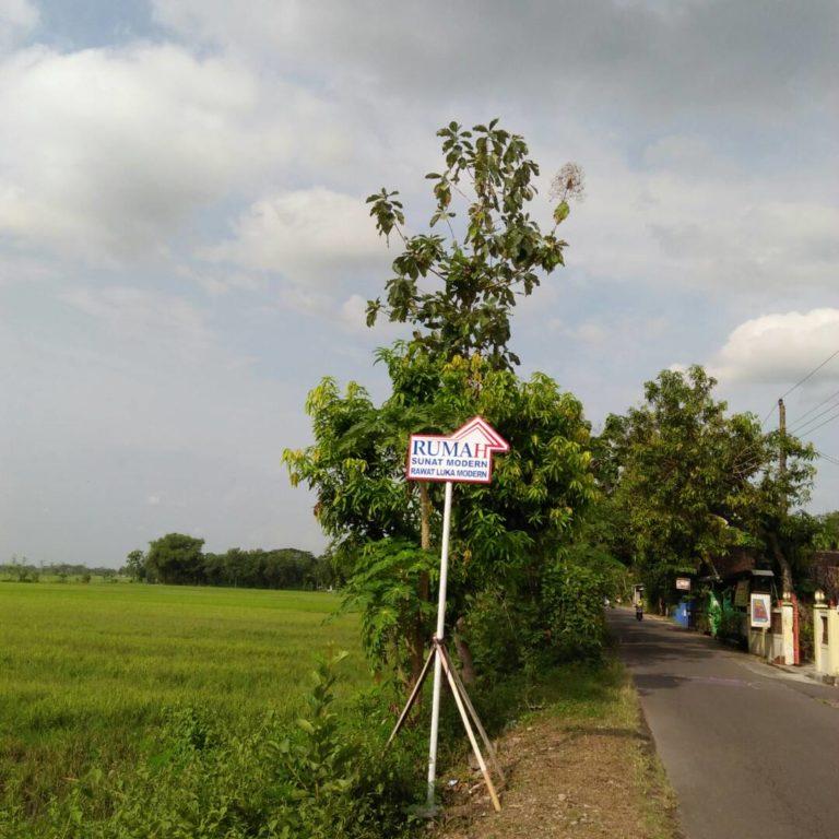 Rumah Sunat Modern Tanpa JArum Suntik Klaten Jawa Tengah Indonesia